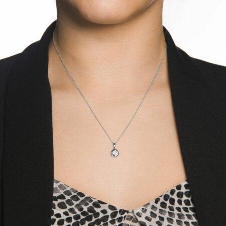 Brillanten Anhänger mit Halskette 333/ - Gold