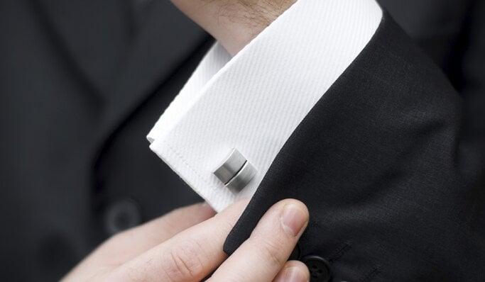 Schmuck und Uhren für den Bräutigam -